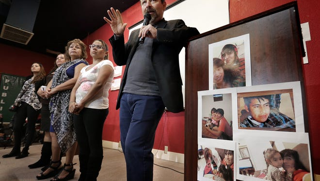 Border Network for Human Rights Executive Director Fernando García talks about the detention of Jesús Vasquez, 22, who was stopped Saturday by state troopers in the Montana Vista neighborhood. After failing to produce identification, Border Patrol was notified and Vasquez was arrested. García is joined at the podium by Vasquez's family.