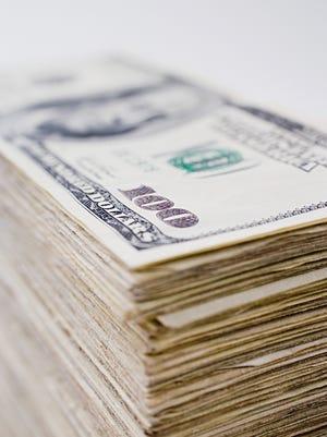 A Milton man won $1 million in Florida Cash Scratch-Off game.