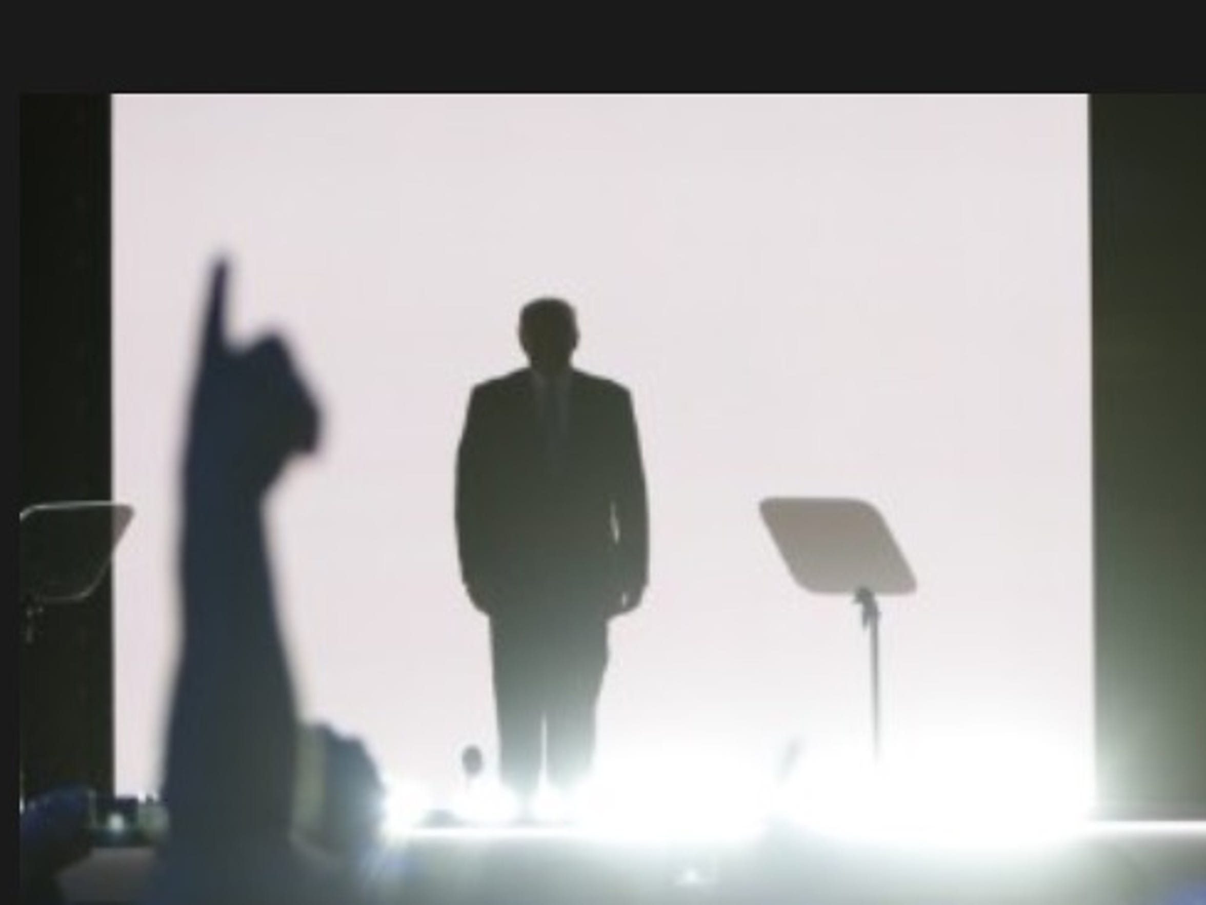 Trump's arrival on stage.