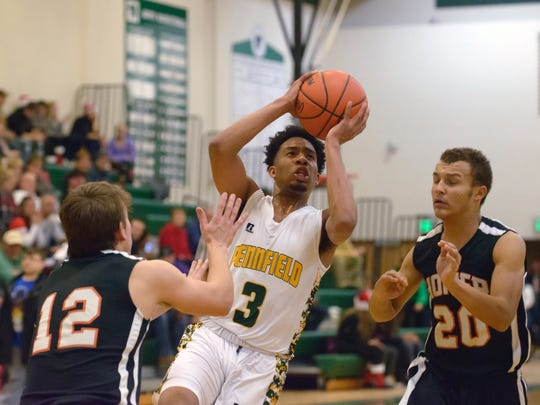 Pennfield's Ronald Jamierson (3) in game action Tuesday
