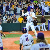 LSU loses starting SS for more than a month at least; Mainieri reacts to Cannizaro ouster