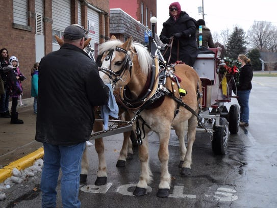 The Winesburg Christmas Weekend has a full schedule