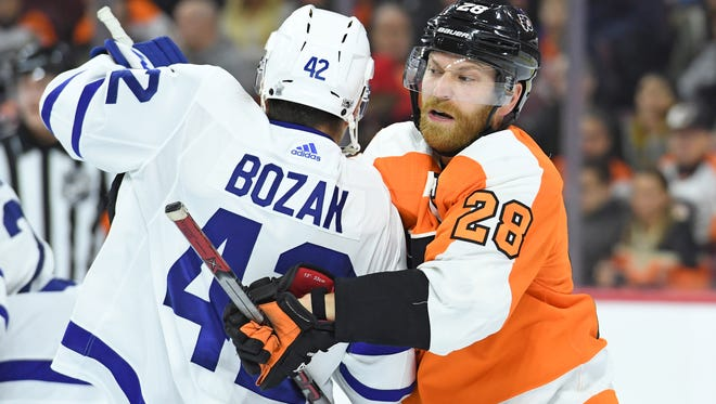 Claude Giroux and the Flyers will host the Maple Leafs for the second time this season.