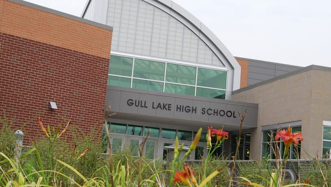 Gull Lake High School
