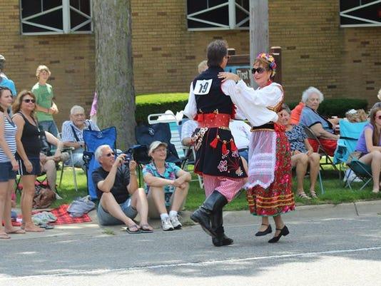 Polish dancers.jpg