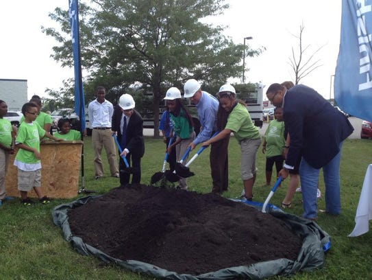 BoysGirlsClub groundbreaking.jpeg