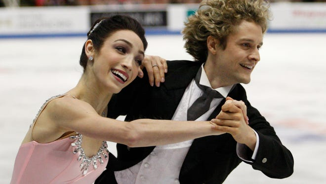 The USA figure skaters, including ice dancers Meryl Davis and Charlie White, have bonded through text messaging.
