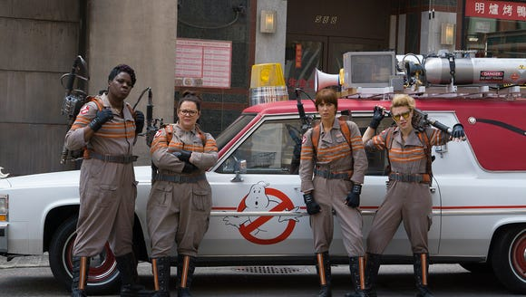 Paul Feig slams 'Ghostbusters' haters' 'misogyny and insults'