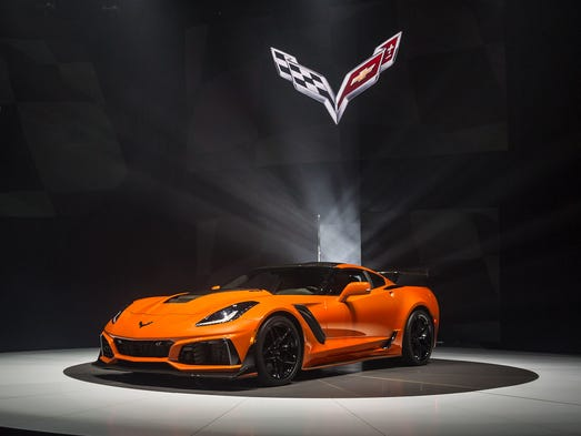 monster zr1 front engine corvette won t go quietly. Black Bedroom Furniture Sets. Home Design Ideas