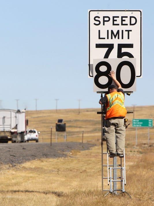 Interstate speed signs.jpg