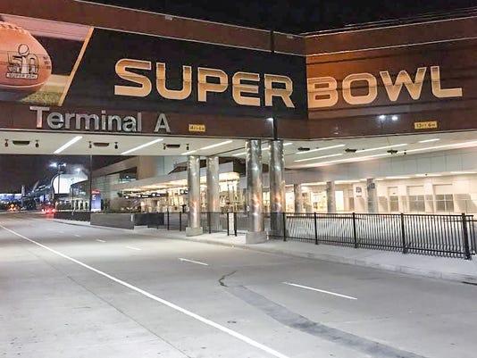 635888116856744755-Mineta-San-Jose-International-Airport-ready-for-Super-Bowl-50-fans-edited.jpg