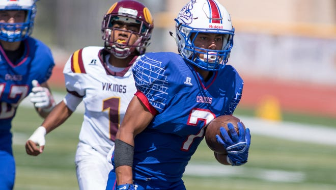 Shane Mora and the Las Cruces Bulldawgs host Hobbs on Saturday in a huge District 3-6A matchup.