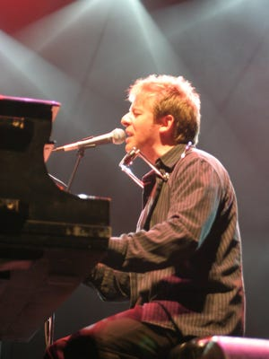 Jim Witter will perform in Wisconsin Rapids on Oct. 8.