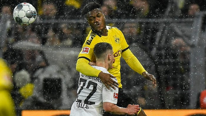 Dortmund defender Dan-Axel Zagadou injures knee ligament