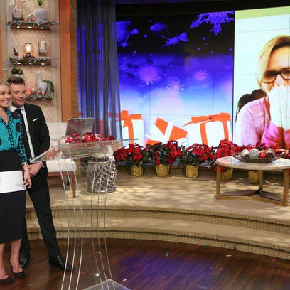 Kelly Ripa and Ryan Seacrest surprised Tri-State woman