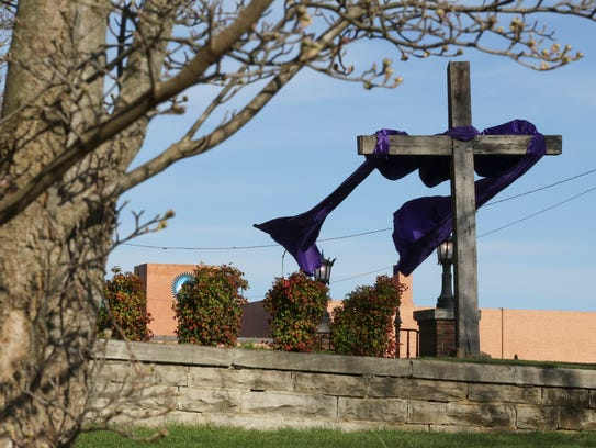 The wooden cross that is adorned each Lent and Easter season at Madison Street United Methodist.