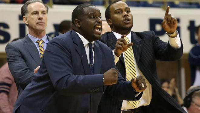 Brandin Knight, right, was the lead assistant at Pittsburgh before coming to Rutgers basketball as part of an attempted revival.