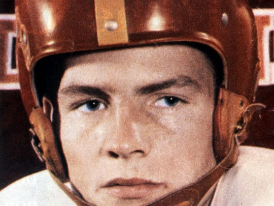 Frank Gifford when he played for the University of Southern California.