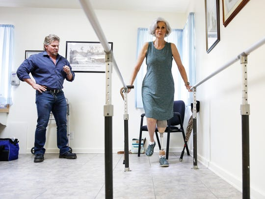 Theresa Neubauer takes first steps with her new prosthetic