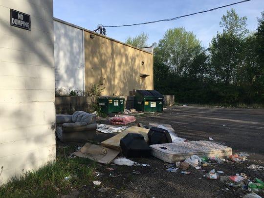 "A ""No Dumping"" sign isn't deterring illegal dumping"