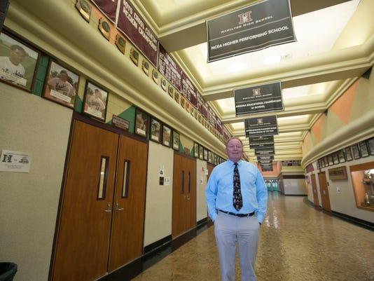 PNI sev principal of state's biggest school retires