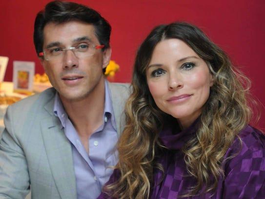 Sergio Mayer e Isabella Camil.