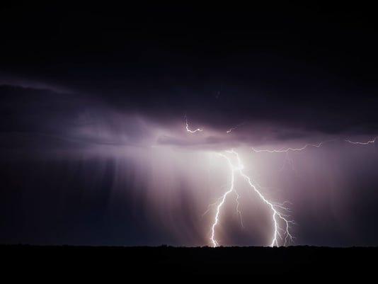636209507769372510-Lightning.jpg