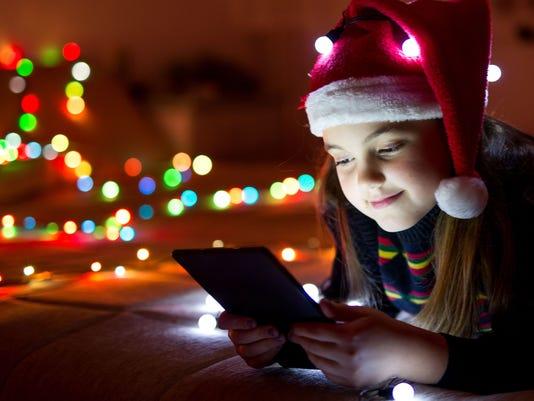 636154988702690820-636137828119711469-Christmas-Tablet-Presto-Photo.jpg