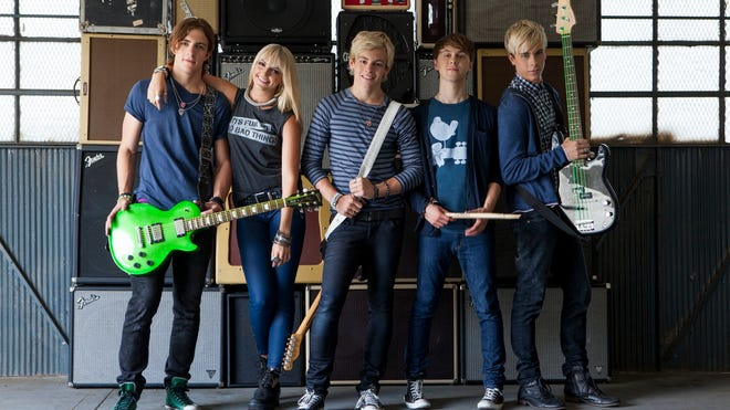R5 will perform at KFEST 2014.