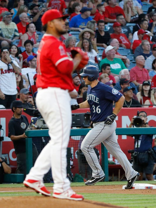Mariners_Angels_Baseball_67099.jpg
