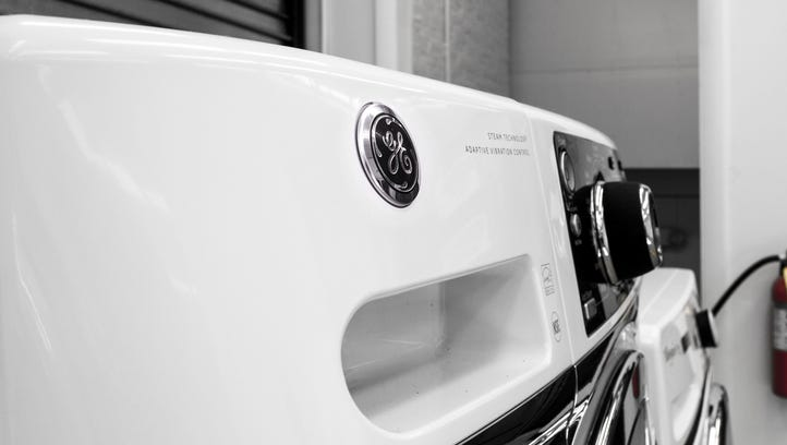 This washer from GE is one of the best front-loaders you can buy for under a grand.
