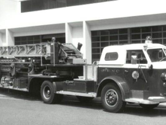 1947 Fire ladder.jpg
