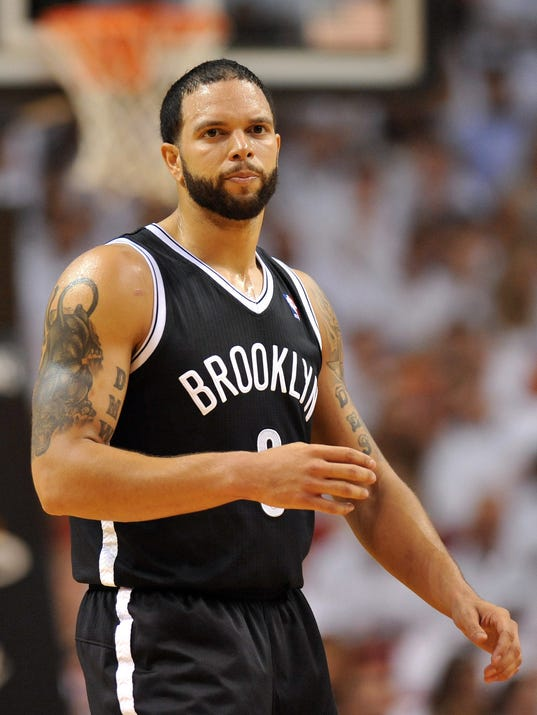 5-9-deron-williams-nets-heat-game-2