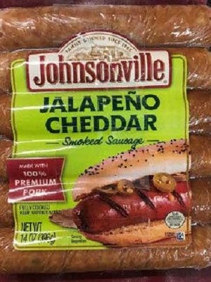 """The 14-oz. plastic packages contains six pieces of """"JALAPEÑO CHEDDAR Smoked Sausage"""" with Best By date 04/04/2018 and Batch ID 1001124486 or 1001124487."""
