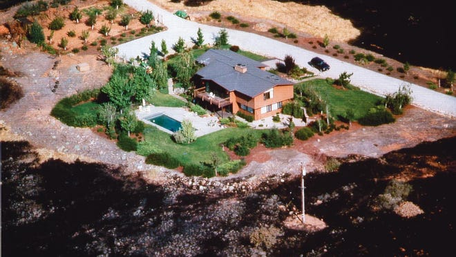 The lean, clean and green area is located 30 feet or more from the footprint of the house. The proper selection and maintenance of vegetation within this area is critical to an effective defensible space.
