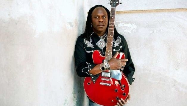 Legendary jazz musician Joe Louis Walker will take the stage Saturday at Bailey Ray's, Santiago.