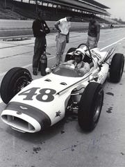 The T54 was painted differently when rookie Pedro Rodriguez drove it in 1963, but it didn't earn a starting position.