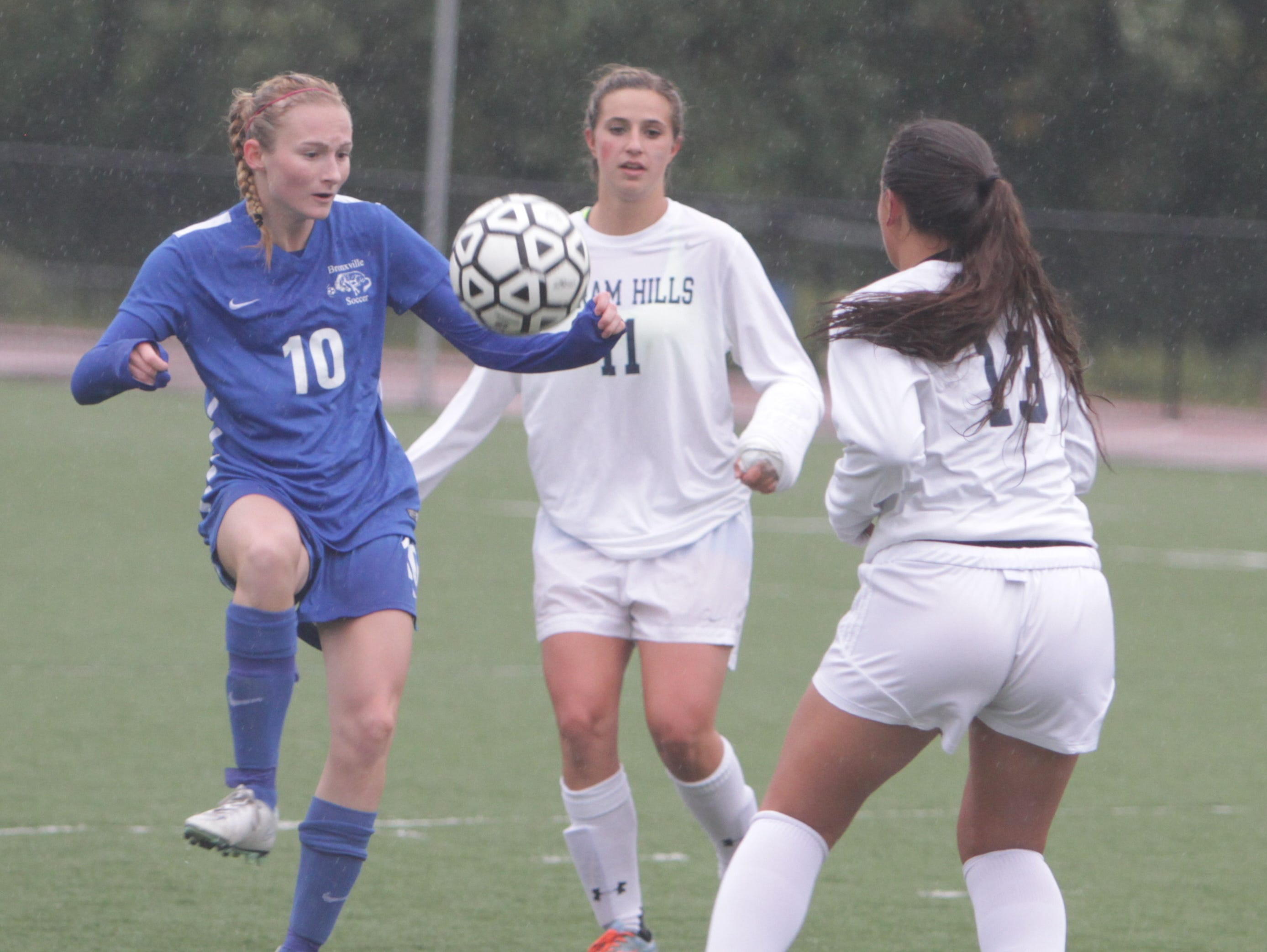 Byram Hills defeated Bronxville 3-2 in overtime in a game at Byram Hills High School on Friday, October 2nd, 2015.