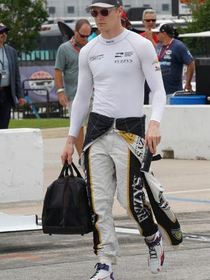 Josef Newgarden practiced on Friday, testing his fractured right hand. He suffered a broken clavicle and injured his hand in a crash at Texas Motor Speedway.