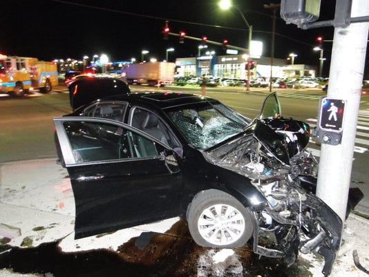 REN Car accident 01.jpg