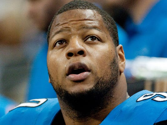 Ndamukong Suh fined $100,000 for illegal block