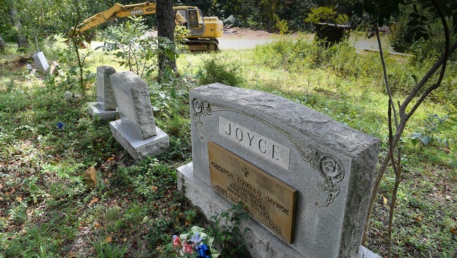 The Joyce family is in a dispute with an adjacent property owner about access to Bell Town Cemetery.
