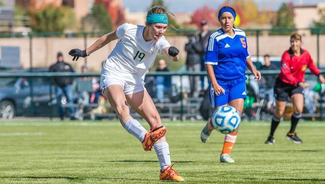 Farmington's Hannah Kelley takes a shot during the 5A girls quarterfinals against Los Lunas Thursday in Albuquerque.
