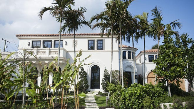 A newly completed and never-lived-in house at 113 Atlantic Ave. on the near North End of Palm Beach has sold for a recorded $9.41 million. The house was developed on speculation by an investment group led by developer Todd Michael Glaser. [Rendering courtesy Premier Estate Properties]