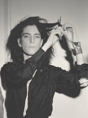 A photograph of Patti Smith in 1978, taken by Robert Mapplethorpe.