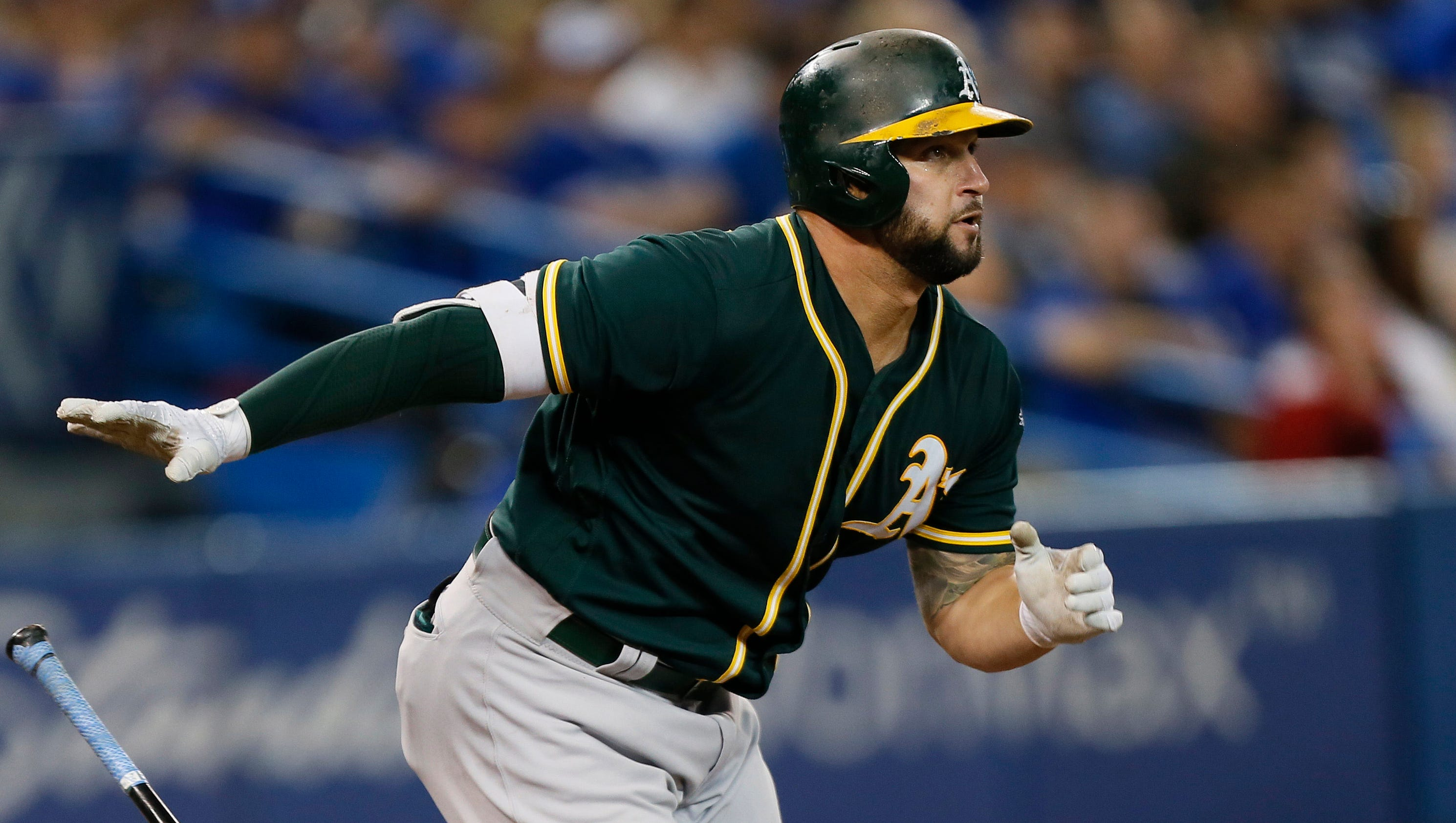 Fantasy baseball sizzlers and fizzlers: Yonder Alonso ...