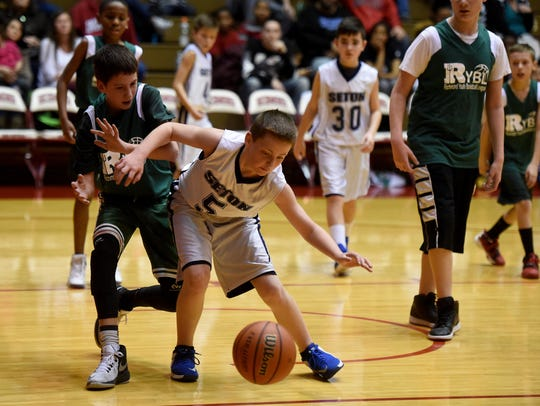 Richmond Green and Seton compete in the Richmond Youth