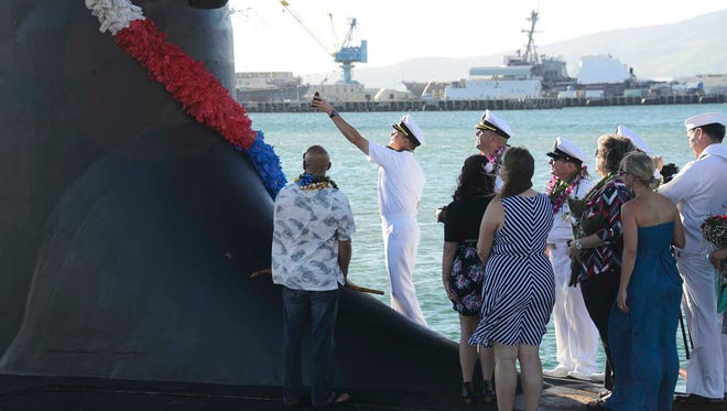141125-N-DB801-373