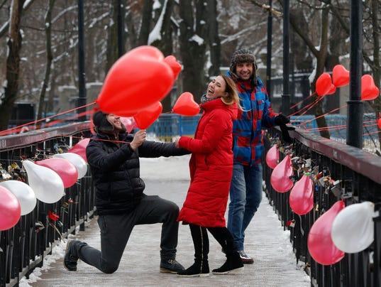 AP UKRAINE VALENTINE'S DAY I UKR