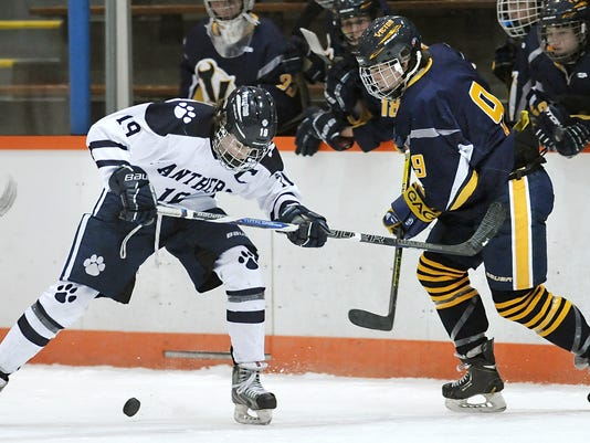 2014-15 Victor vs. Pittsford hockey - Dave Farrance and Owen Smith.jpg